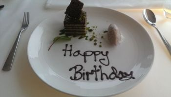 birthday-cake-panoramic